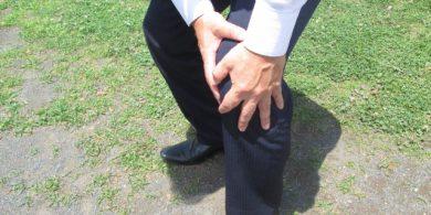 膝痛 画像